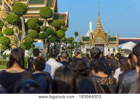 People To Pay And Respect To Thai King Bhumibol