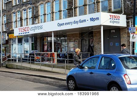 Newquay, Cornwall, Uk - April 1 2017: Exterior Of The Tesco Express Convenience Store
