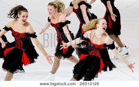 Marigold Ice Einigkeit, Finnlands, konkurriert in der synchronisiert Skating Weltmeisterschaft 2011