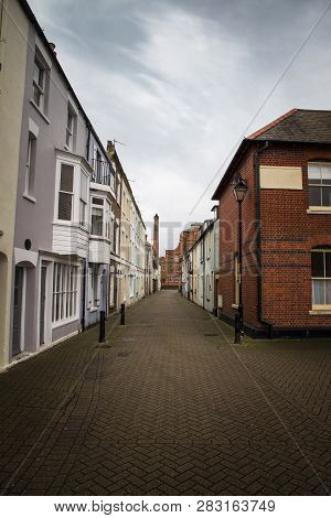 Weymouth, Dorset, Uk - December 26. 2017. Backstreets Of Weymouth Old Harbour With Brewers Quay Buil