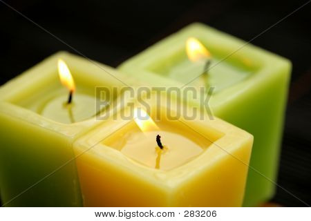 Green Candles T