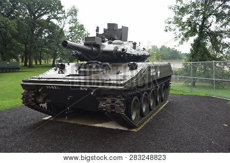 M551a1 Sheridan Tank On Display At The First Division Museum, Cantigny Park, Wheaton, Il September 1