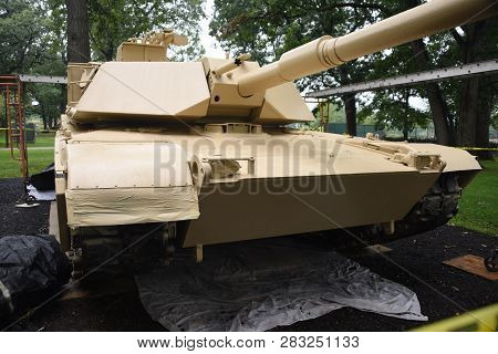 M1 Abrams Tank On Display At The First Division Museum, Cantigny Park, Wheaton, Il September 1, 2018