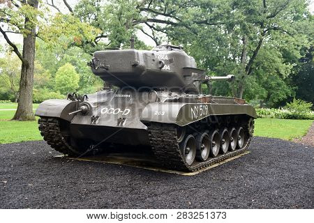 T26e4 Pershing Tank On Display At The First Division Museum, Cantigny Park, Wheaton, Il September 1,