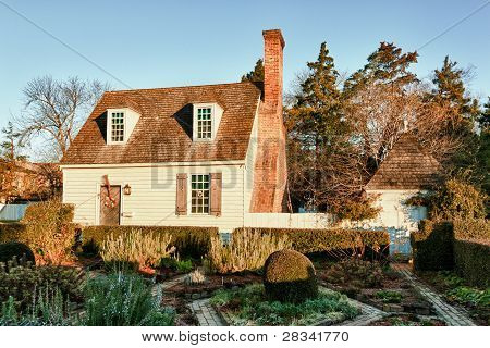 Old House And Garden In Colonial Williamsburg