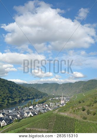 Wine Village Of Ediger-eller At Mosel River In Mosel Valley,rhineland-palatinate,germany
