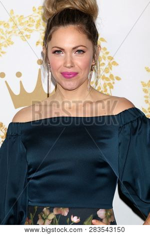 LOS ANGELES - FEB 9:  Pascale Hutton at the Hallmark Winter 2019 TCA Event at the Tournament House on February 9, 2019 in Pasadena, CA