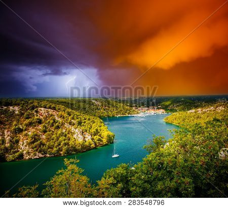 Peaceful view of the canyon Krka river in a storm. Location place Krka National Park, Skradin town, Croatia, Balkans, Europe. Scenic image of tourist destination. Discover the beauty of earth.