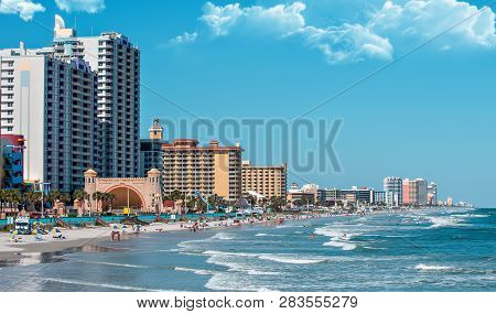 Daytona Beach, Florida - August 22, 2018: Daytona Beach Florida During A Hot Summer Day