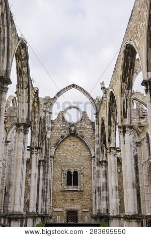 Lisbon, Portugal - July 19 2018: Carmo Convent Church Ruins. Day View Of Main Nave Ruins And Arches