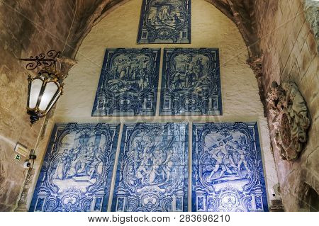 Lisbon, Portugal - July 19 2018: Carmo Convent Azulejos. Blue Tiles Decorations With Historic Figure