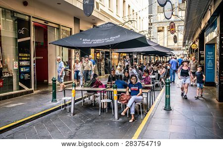 3rd January 2019, Melbourne Australia : Degraves Pedestrian Street View Full Of People On Sunny Summ