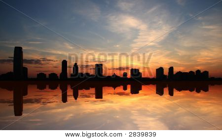 Mirrored Silhouette Skyline