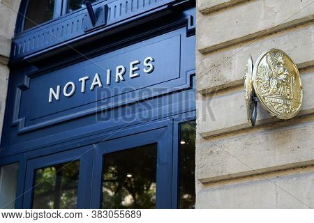 Bordeaux , Aquitaine / France - 08 25 2020 : Notaire French Notary Blue Entrance With Text Sign And