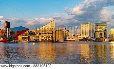 Baltimore, Maryland, Us - September 4, 2019 View Of Baltimore Harbor With Uscg Lightship Chesapeake,