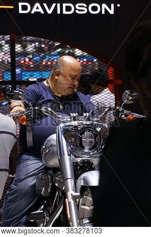 Nonthaburi, Thailand, Dec 06, 2019 : Male Client Test Ride A Motorcycle At Harley Davidson Motorcycl