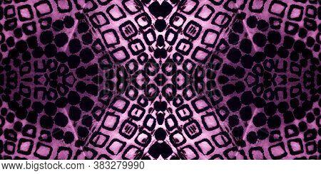 Seamless Pattern Snake. White Vintage Natural Pattern. Violet Snake Skin Pattern. Black Skin. Indigo