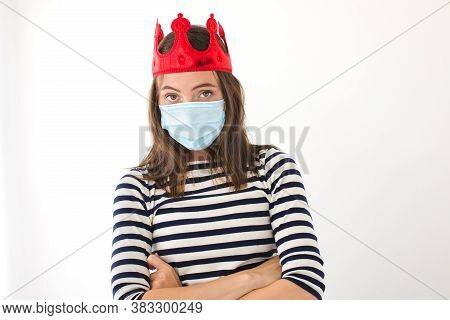I Have A Crown. Woman In A Red Crown And A Protective Mask. Crowned Person Fell Ill With The Virus W