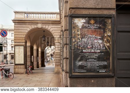 Modern Signboard, Ad Teatro Alla Scala. Milan, Italy. 08.2020