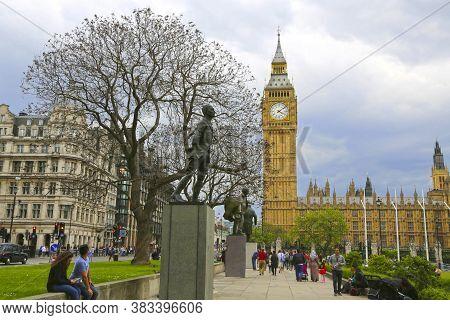 London, Great Britain -may 22, 2016: Statues To Jan Smuts, David Lloyd George And Winston Churchill