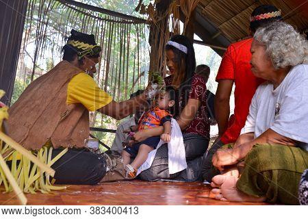 Carey Island, Selangor/malaysia - Mar 17 2018: Malaysia Aborigine Mah Meri With Mask At Oil Palm Est