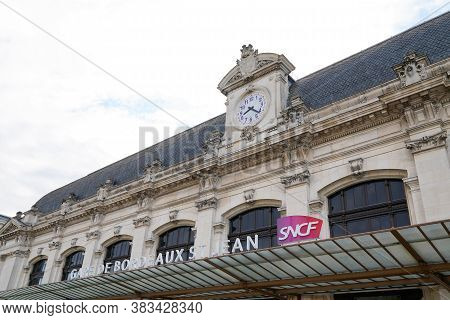 Bordeaux , Aquitaine / France - 09 23 2019 : Sncf Logo On Bordeaux Station Wall National Society Of