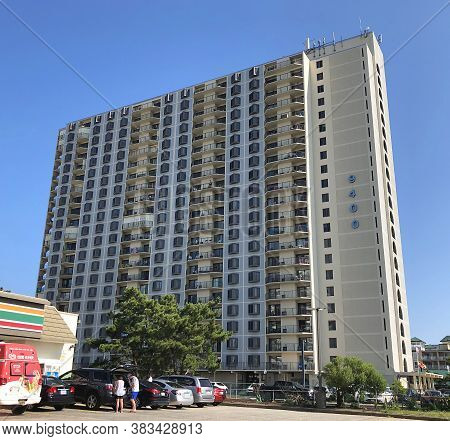 Ocean City, Md: 9400 Condominium Oceanfront Building Located On 94th Street And Coastal Highway (jul
