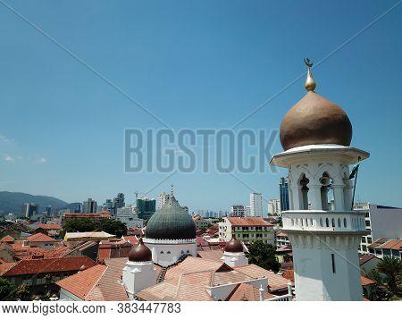 Georgetown, Penang/malaysia - Feb 28 2020: Minaret Kapitan Keling Mosque