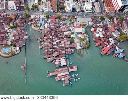 Georgetown, Penang/malaysia - Feb 28 2020: Bird Eye View Clan Jetty Near Pangkalan Weld.