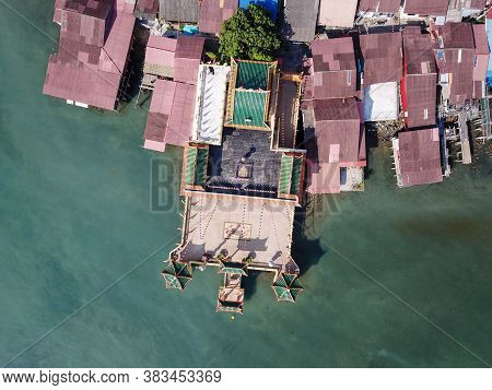 Georgetown, Penang/malaysia - Mar 17 2020: Aerial Look Down Hean Boo Thean Temple With Wooden House