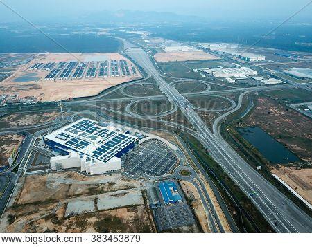 Batu Kawan, Penang/malaysia - Mar 20 2020: Less Vehicle Near Ikea Store Due To Movement Control Orde