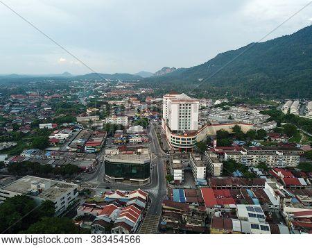 Bukit Mertajam, Penang/malaysia - Mar 25 2020:less Car At Street During Movement Control Order Mco D