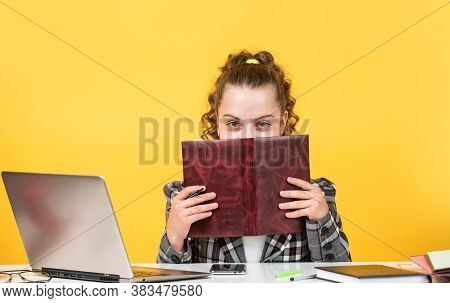 Teen Girl Study At Home. Education Course. Information To Learn. Modern School. Homeschooling Concep
