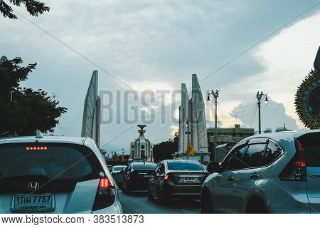 Bangkok,thailand- July10, 2020 : In The Evening Everyday Rush Hour  Traffic Jam  At Democracy Monume