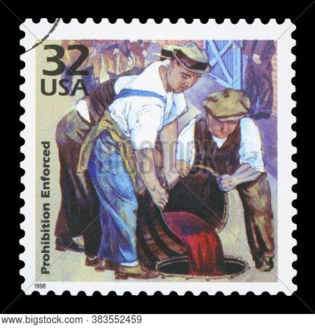United States Of America - Circa 1998: A Postage Stamp Printed In Usa Showing Three Men Throwing Alc