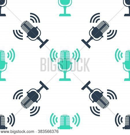 Green Microphone Icon Isolated Seamless Pattern On White Background. On Air Radio Mic Microphone. Sp