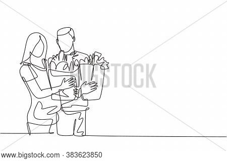 One Single Line Drawing Young Happy Romantic Couple Holding Paper Grocery Bags After Buying Daily Go