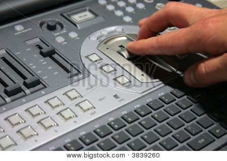 Hand auf video mixer