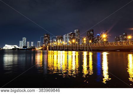 Miami, Florida, Usa Skyline On Biscayne Bay, City Night Backgrounds. Miami Florida, Sunset Panorama