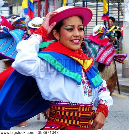 Beautiful, Celebration, Clothes, Clothing, Colorful, Costume, Crowd, Cuenca, Cuenca Ecuador, Cultura