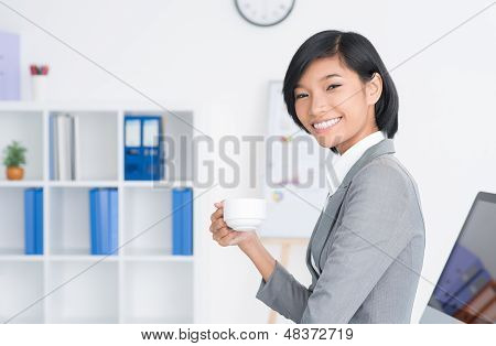 Lovely Assistant