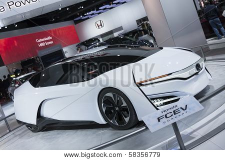 Detroit - January 26 :the Honda Fcev Concept At The North American International Auto Show January 2