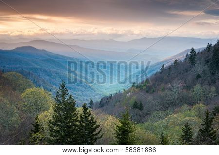 Oconaluftee Valley Overlook Great Smoky Mountains Spring Scenic