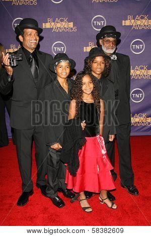 Mario Van Peebles with Melvin Van Peebles and family at the 2006 TNT Black Movie Awards. Wiltern Theatre, Los Angeles, CA. 10-15-06