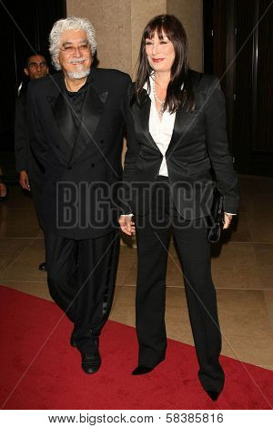 Anjelica Huston and husband Robert at the 21st Annual American Cinematheque Award Honoring George Clooney. Beverly Hilton Hotel, Beverly Hills, CA. 10-13-06