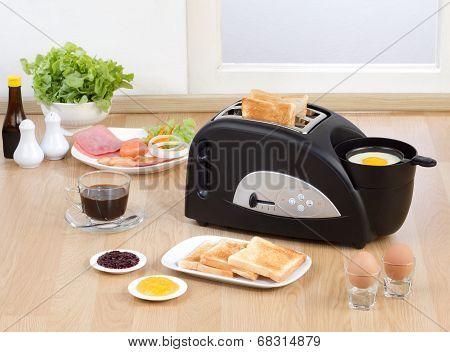 Multi purpose bread toaster