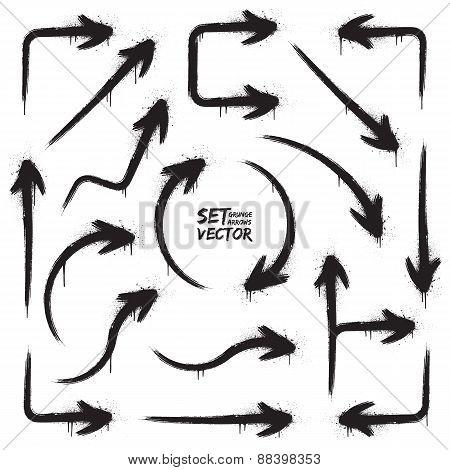 Vector Grunge Arrows Set