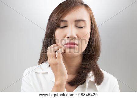 Scraching Her Labia