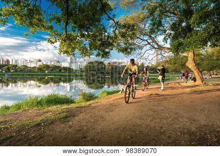 SAO PAULO, BRAZIL - CIRCA AUGUST 2014: People enjoy the Ibirapuera Park. Ibirapuera Park is the largest park in Sao Paulo, Brazil.