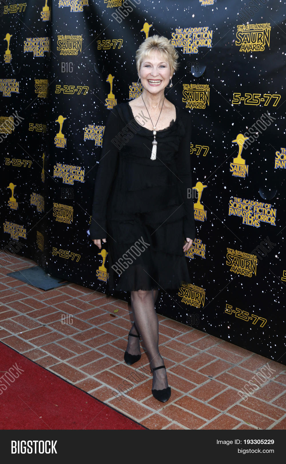 Dee wallace saturn awards in los angeles nude (93 pic)
